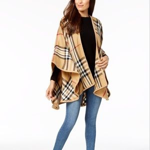 Burberry PATTERN SHAWL Poncho OuterWear